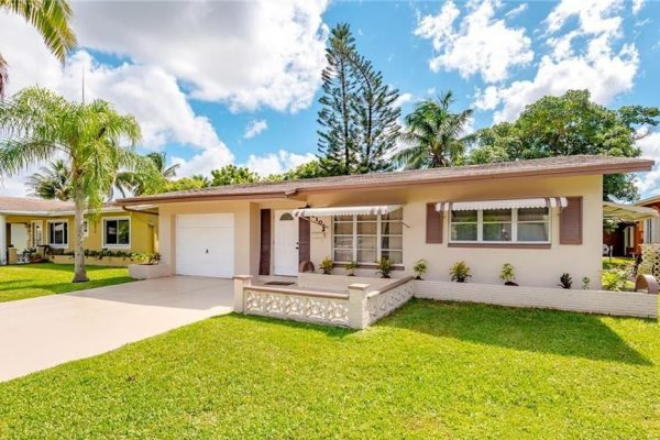 Wonderful Tamarac home