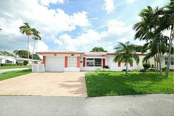 Home Sweet Home in Tamarac, FL